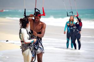 apprendre le kitesurf cap vert